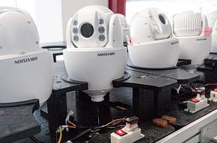 PTZカメラ用自動経年変化試験ライン
